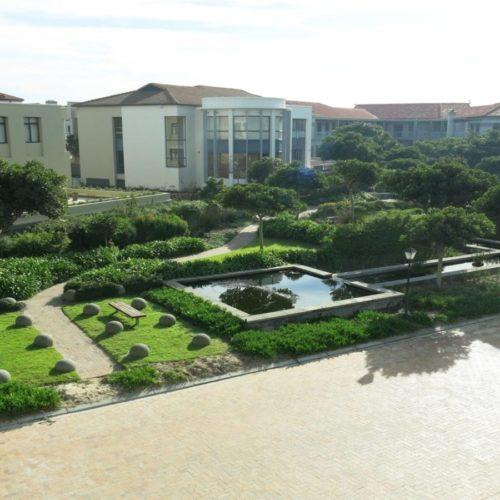 estuaries garden
